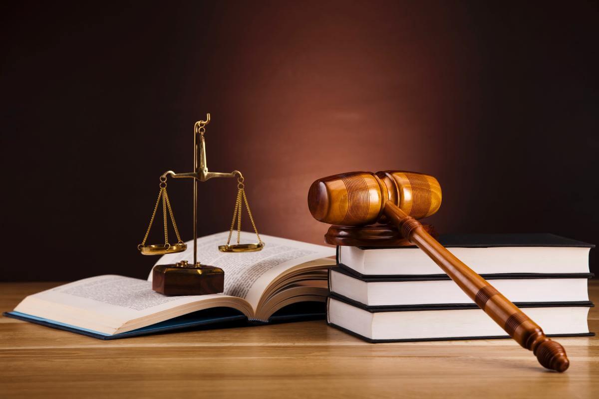 Du học Anh chuyên ngành Luật
